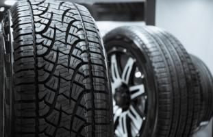 Tyres & Manufacturers